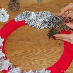 DIY Christmas wreaths stars and pinecones