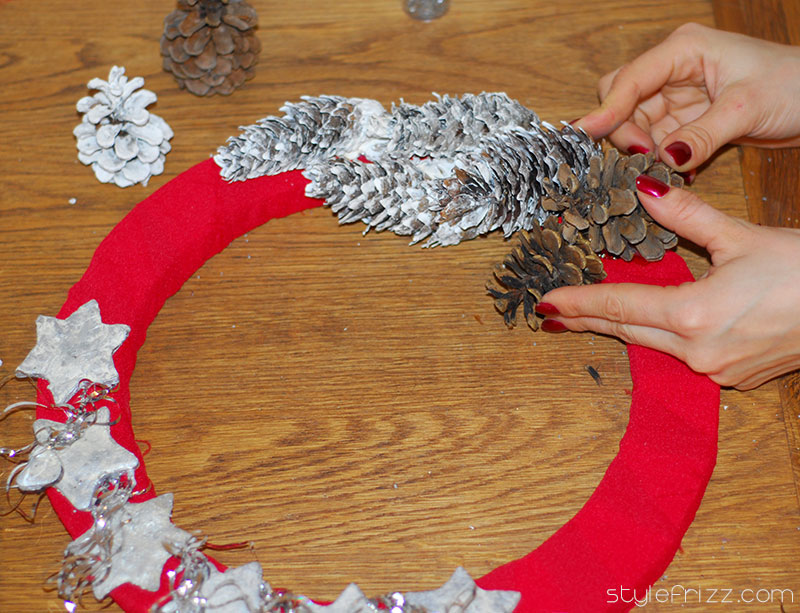 Diy christmas wreaths from scratch stylefrizz Making wreaths