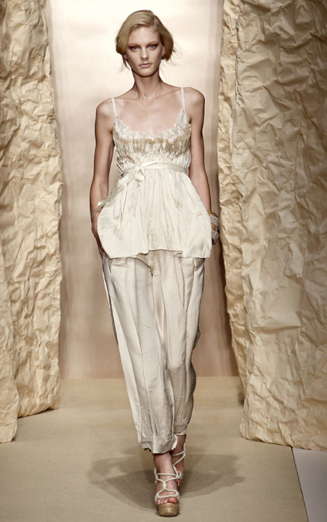 Donna Karan Spring 2011 collection