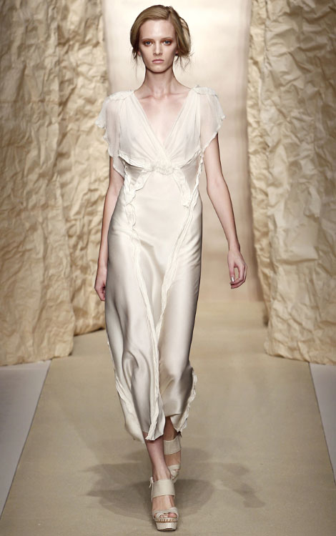 Donna Karan Spring Summer 2011 collection