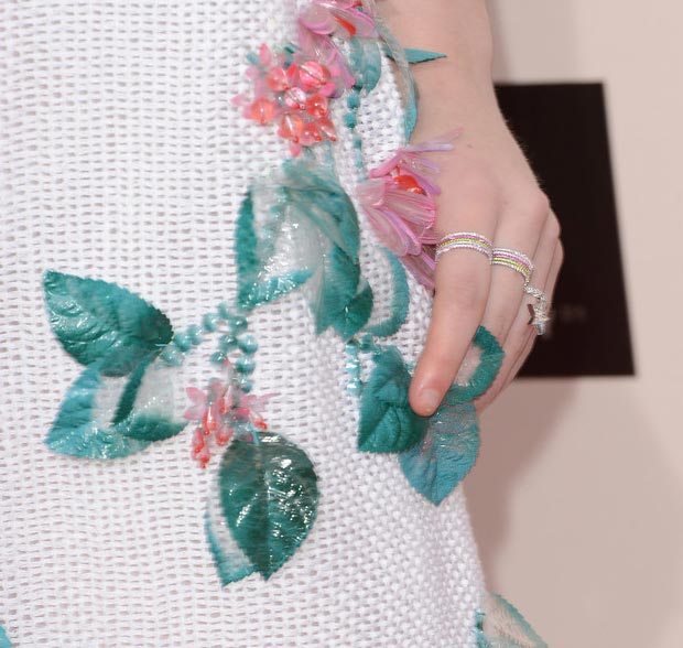 Elle Fanning jewelry Critics Choice Awards 2013