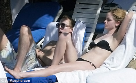 Emma Watson&#8217;s Little Black Bikini