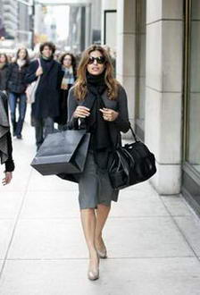 Eva Mendes Shopping at Calvin Klein