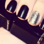 examples of black and silver nails