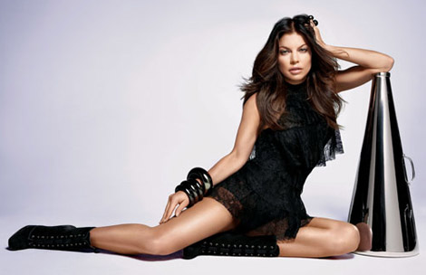 http://stylefrizz.com/img/fergie-outspoken-perfume-avon-ad-campaign.jpg