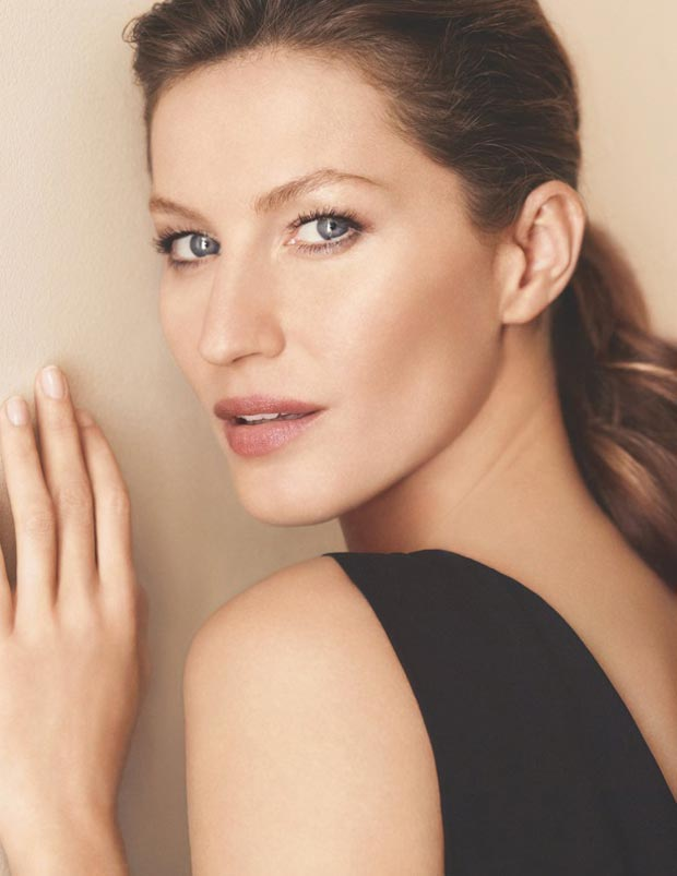 first images Gisele Bundchen Chanel campaign