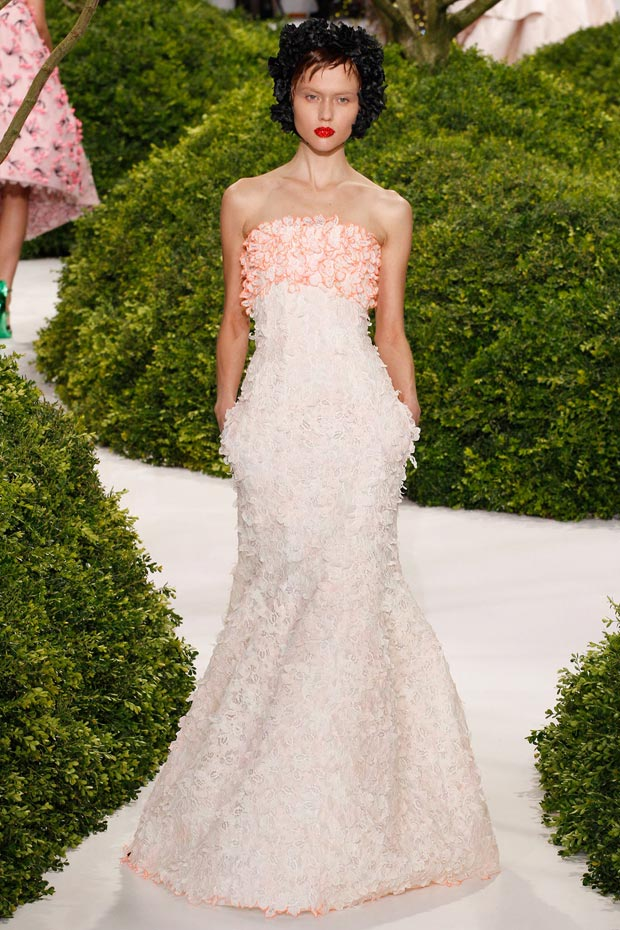 flowery white on white dress Dior Couture Spring 2013 collection