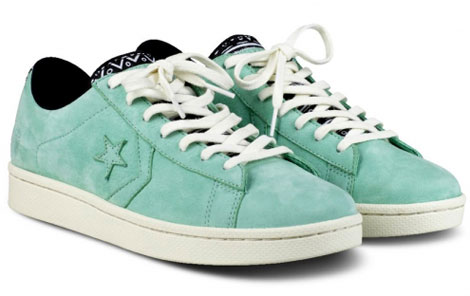 Footpatrol Converse first string pro leather sneakers