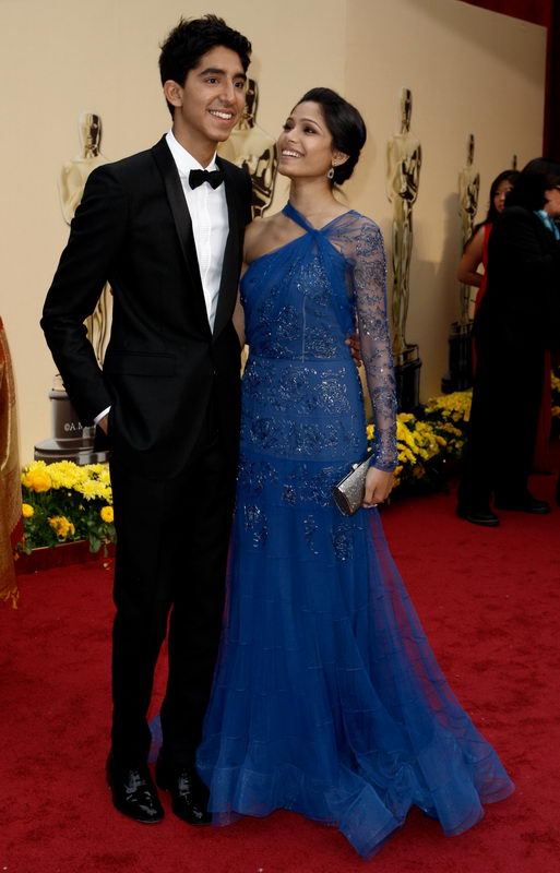 Freida Pinto In John Galliano Dress For Oscars 2009
