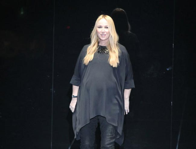 Frida Giannini Gucci pregnant presentation