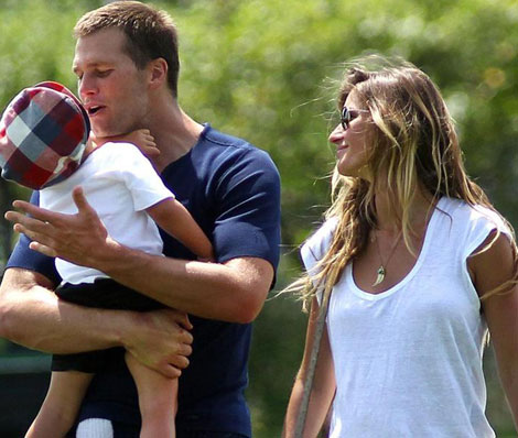 Gisele Gives Birth To Baby Girl: Vivian!