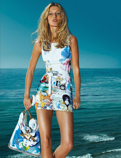 Kate Moss And Gisele Bündchen For Versace Spring Summer ...
