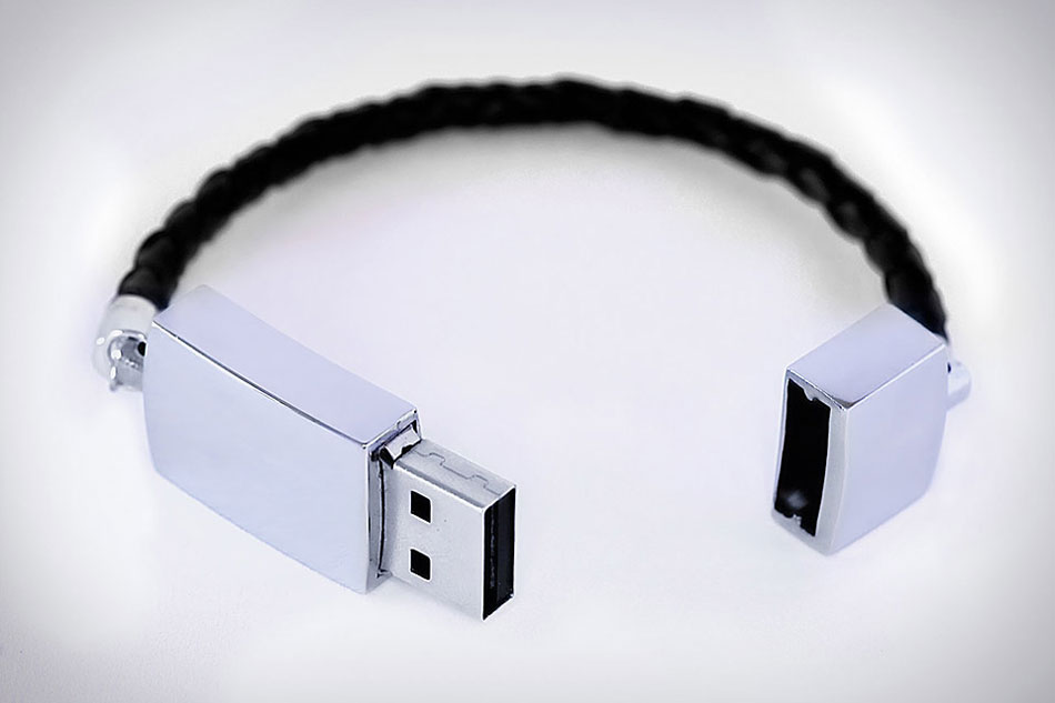 great for gadget loving people USB key bracelet