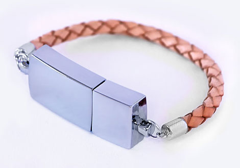 great gift idea USB bracelet