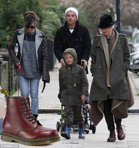 Gwen Stefani boots walking kids