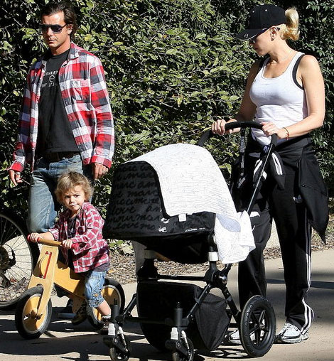 Gwen Stefani and family Marc Jacobs Bugaboo stroller