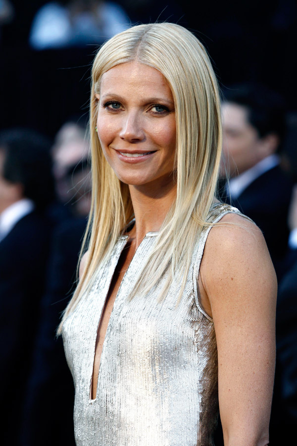Gwyneth Paltrow silver sequined Calvin Klein dress 2011 Oscars 3