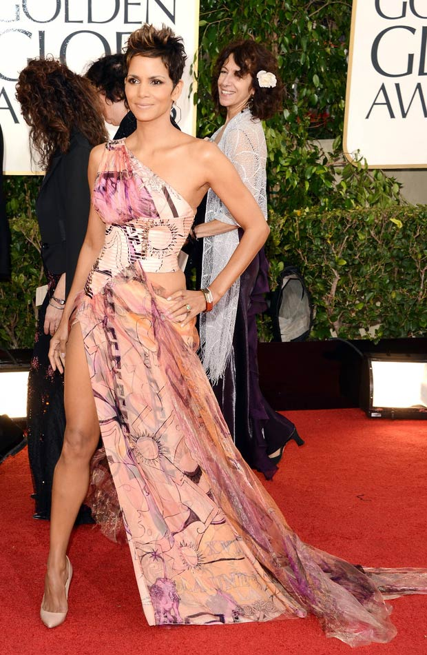 Halle Berry dramatic leg slit dress 2013 Golden Globes