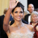 Halle Berry Marchesa sequined Marchesa dress 2011 Oscars 3