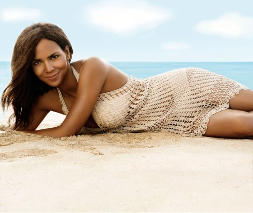 Halle by Halle Berry fragrance ad