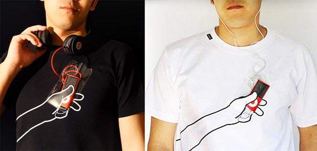 The Useful T Shirt Integrates A Pocket In Plain Sight