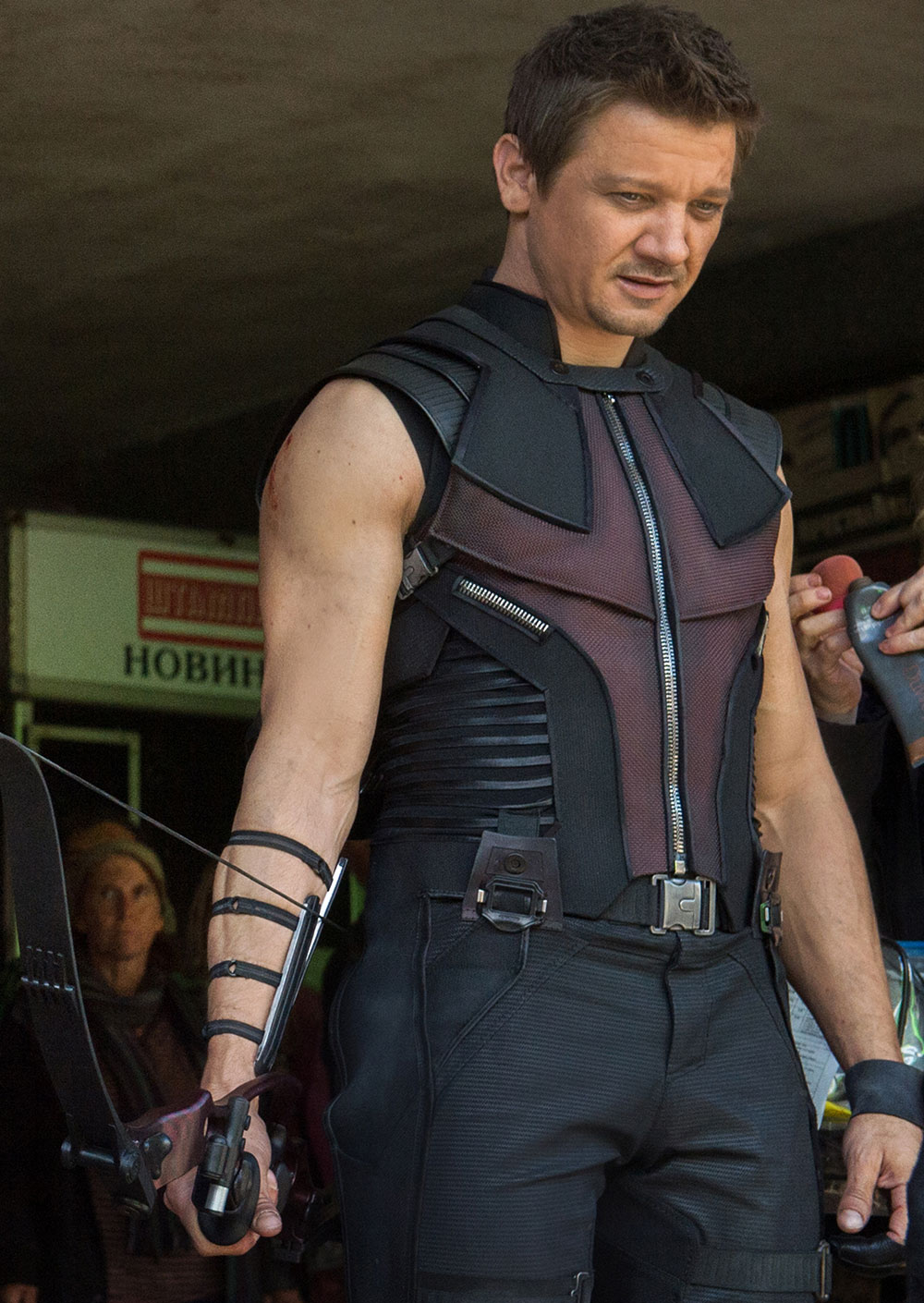 Hawkeye Clint Barton Jeremy Renner Avengers 2 Age of Ultron new costrume
