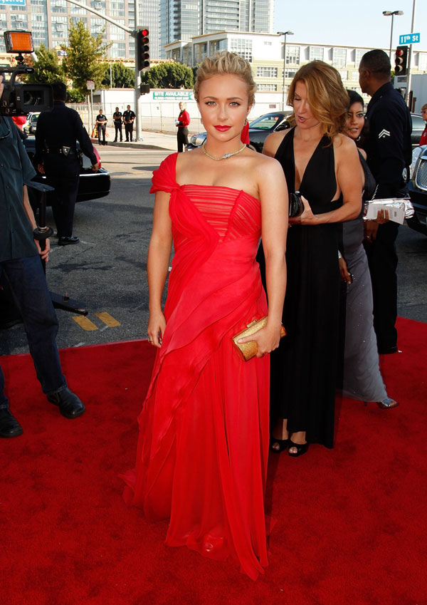Hayden Panettiere 2009 Emmy Awards 1
