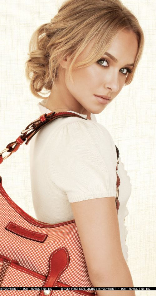 Hayden Panettiere Dooney and Bourke ad campaign 6