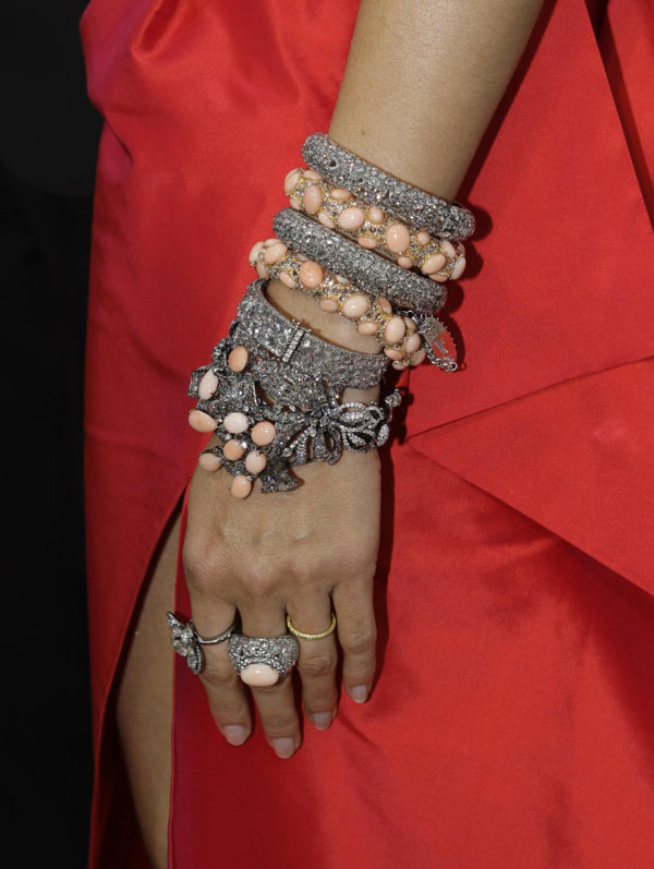 Heidi Klum Roland Moured dress 2009 Oscars bracelets