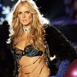 Heidi Klum Will Catwalk For Victoria's Secret This Year!
