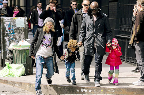 Heidi Klum with Seal and kids
