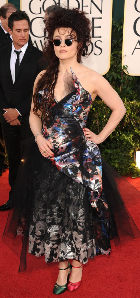 Helena Bonham Carter Vivienne Westwood dress mismatch shoes Golden Globes 2011