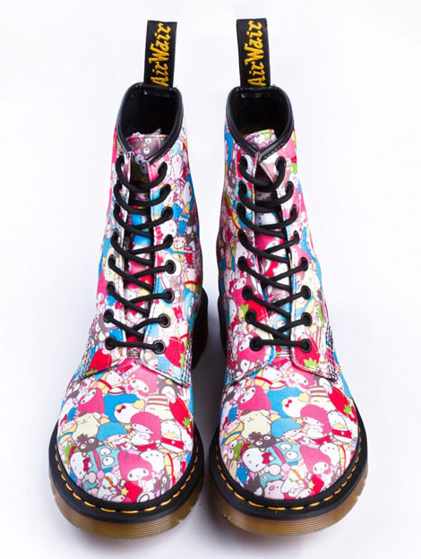 Hello Kitty Dr Martens Bootsq