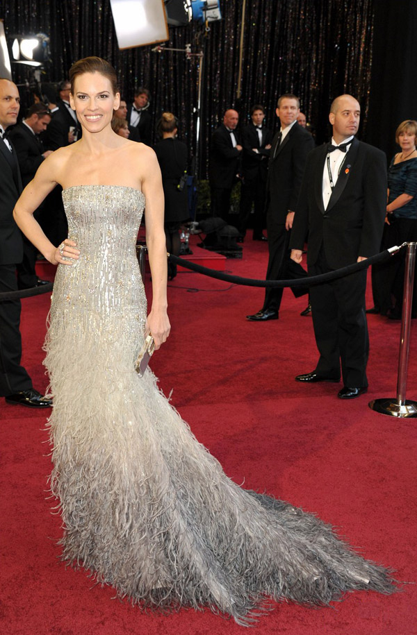 Hilary Swank sequined Gucci dress 2011 Oscars 2
