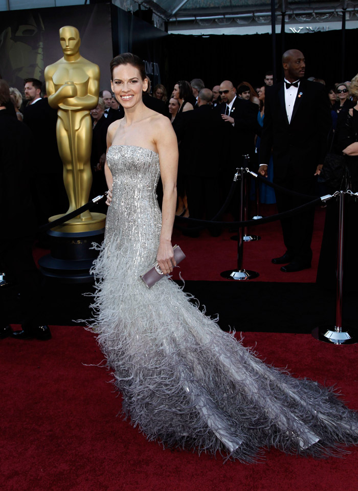 Hilary Swank sequined Gucci dress 2011 Oscars 3