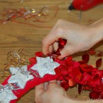 How to make Christmas wreath red tinsel