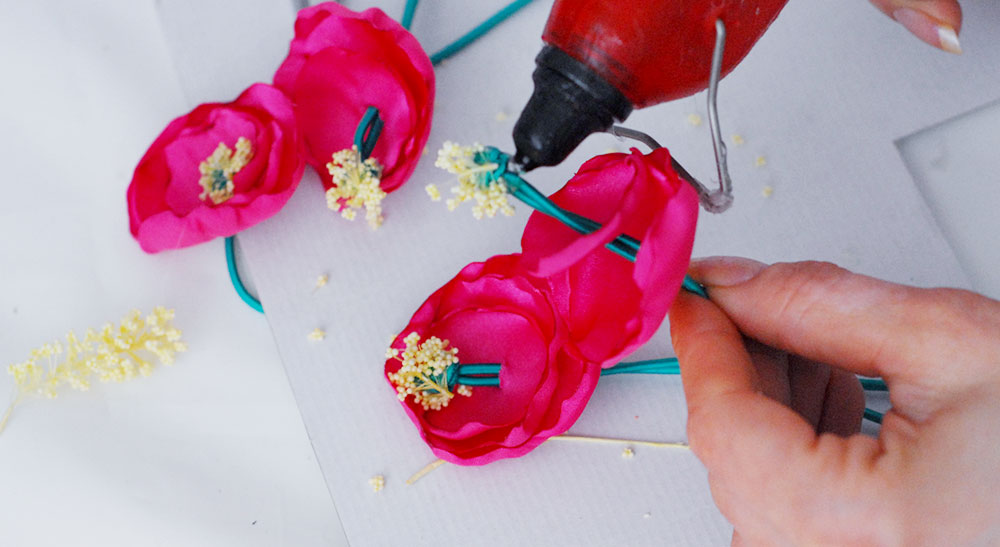 how to make fabric flowers with pistils headband