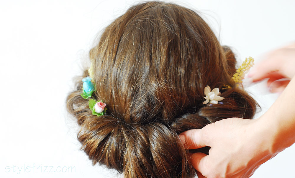 how to roll hair with accessories bobby pins