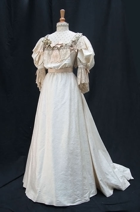 Howards End movie wedding dress