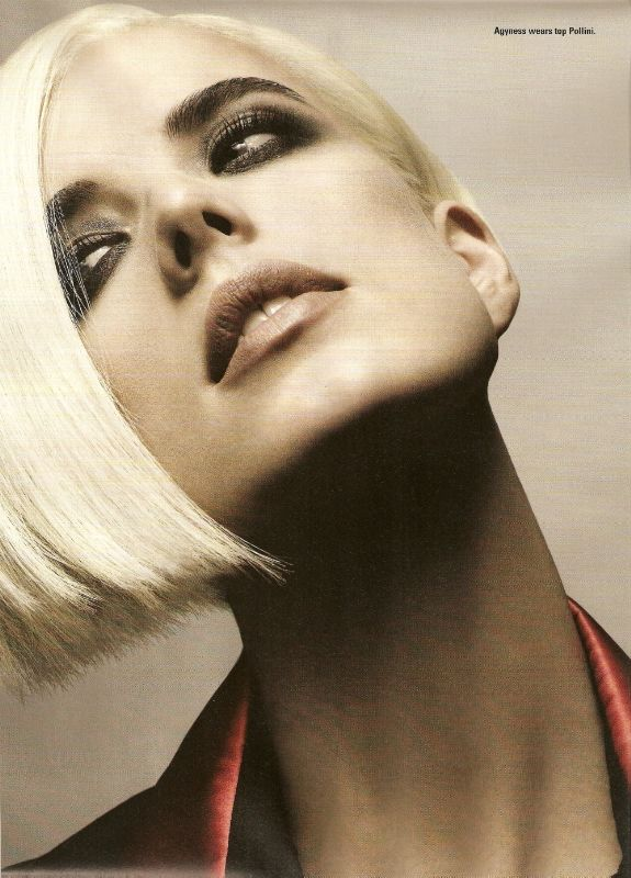 I-D Magazine March 09 Agyness Deyn