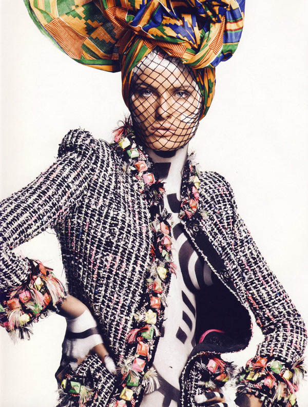 Isabeli Fontana Vogue Paris November 2009 2