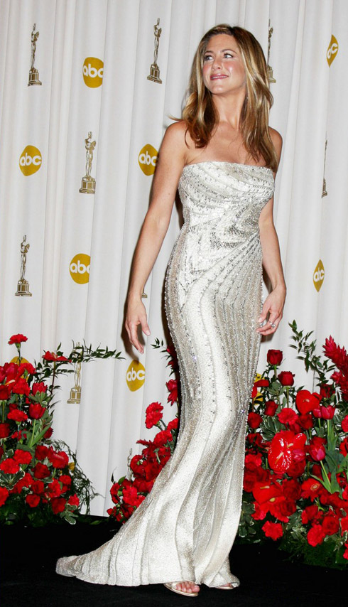 Jennifer Aniston 09 Oscars Valentino white