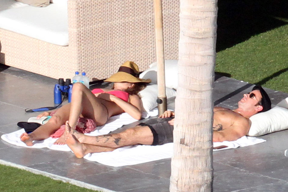 Jennifer Aniston Justin Theroux in Cabo