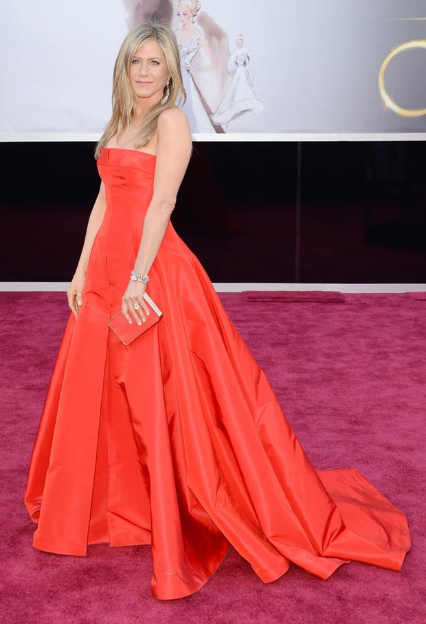 Jennifer Aniston red dress 2013 Oscars