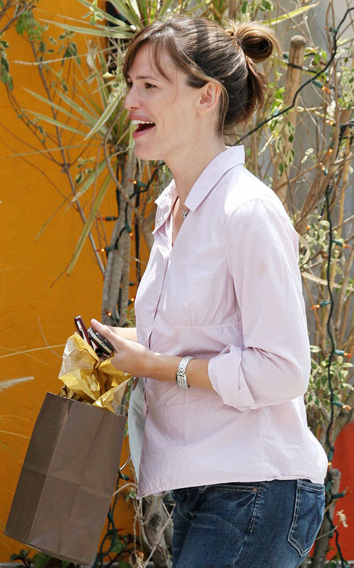 Jennifer Garner Baby Bump Watch