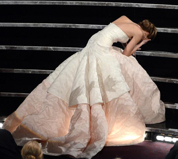 Jennifer Lawrence falls stunning Dior dress