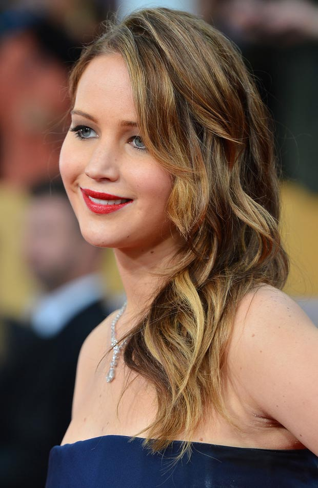 Jennifer Lawrence hair makeup 2013 SAG Awards