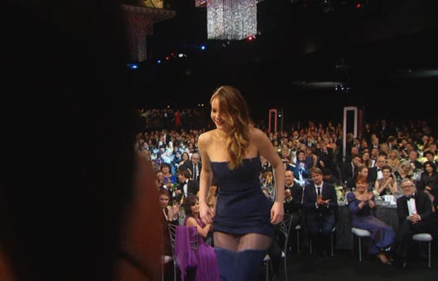 Jennifer Lawrence wardrobe malfunction 2013 SAG Awards