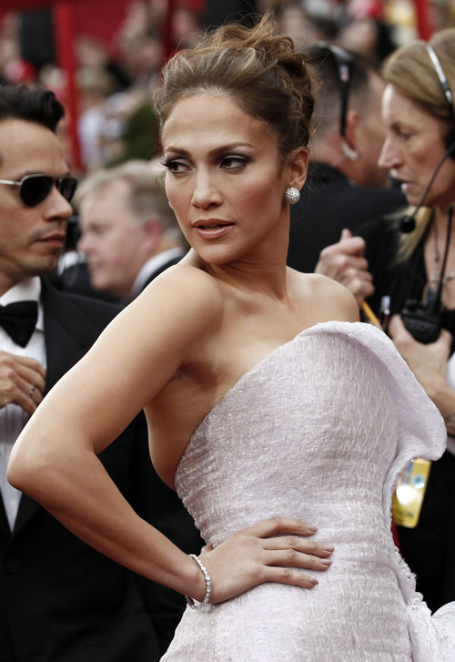 Jennifer Lopez Armani prive Dress 2010 Oscars 4