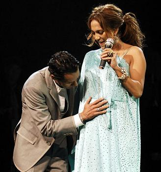 Jennifer Lopez confirming her pregnancy on stage with Marc Anthony